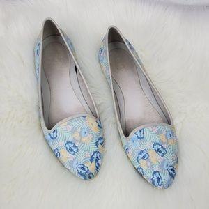 Crocs flora pointed toe slip on flats